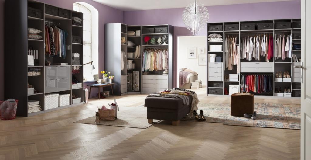 Express furniture wall master for Furniture express